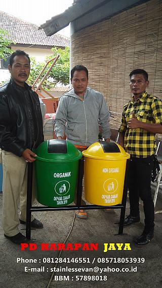 Tempat Sampah Kami dipesan Oleh Tol Cikopo